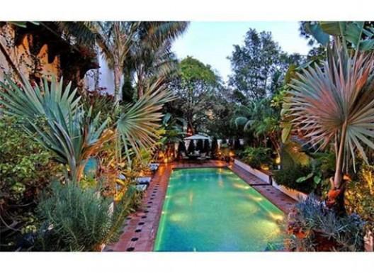 Jason Statham Asks $9 Million for Hollywood Hills Bachelor Pad