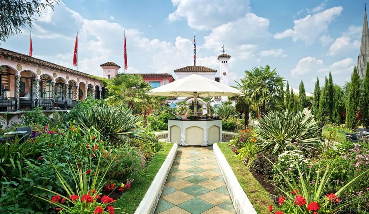 Sir Richard Branson's, The Roof Gardens Provide a Wedding Paradise in London