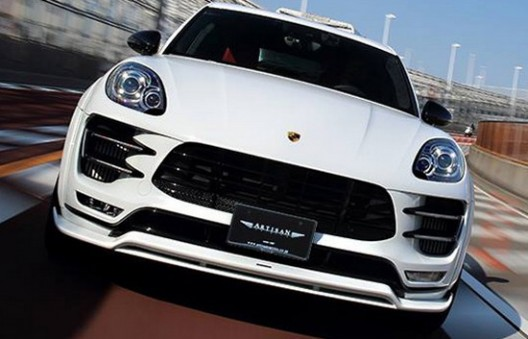 Artisan Spirits Porsche Macan Turbo Black Label Edition