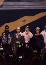 Karl Lagerfeld Presents Fendi's First Haute Couture Collection