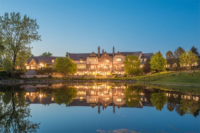 Hidden Ponds Estate in Barrington Hills, Illinois Can Be Yours For $18.755 Million