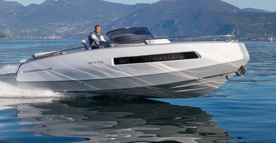 Invictus Yacht's Debut Model – 280GT