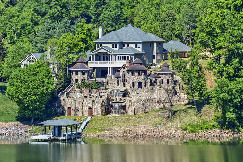 For Sale Knoxville Mansion With Medieval Like Village