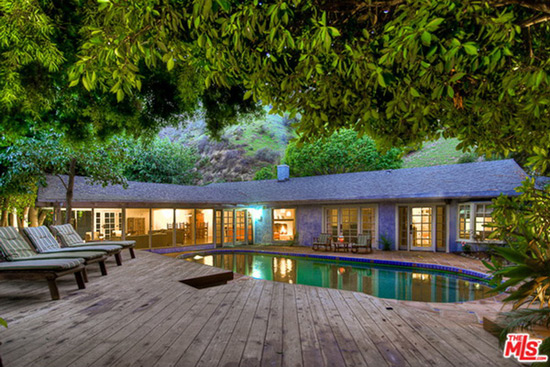 Salma Hayek's Hollywood Hills Villa