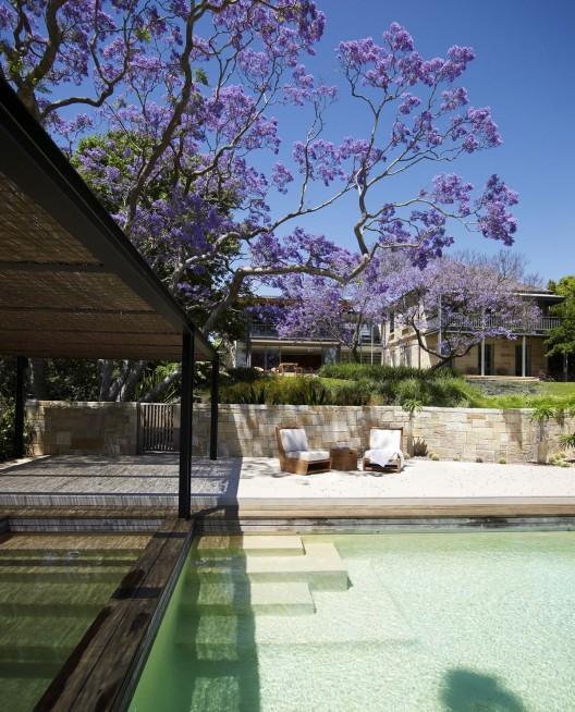 Cate Blanchett's Eco-friendly Australian Estate On Sale For A $20 Million