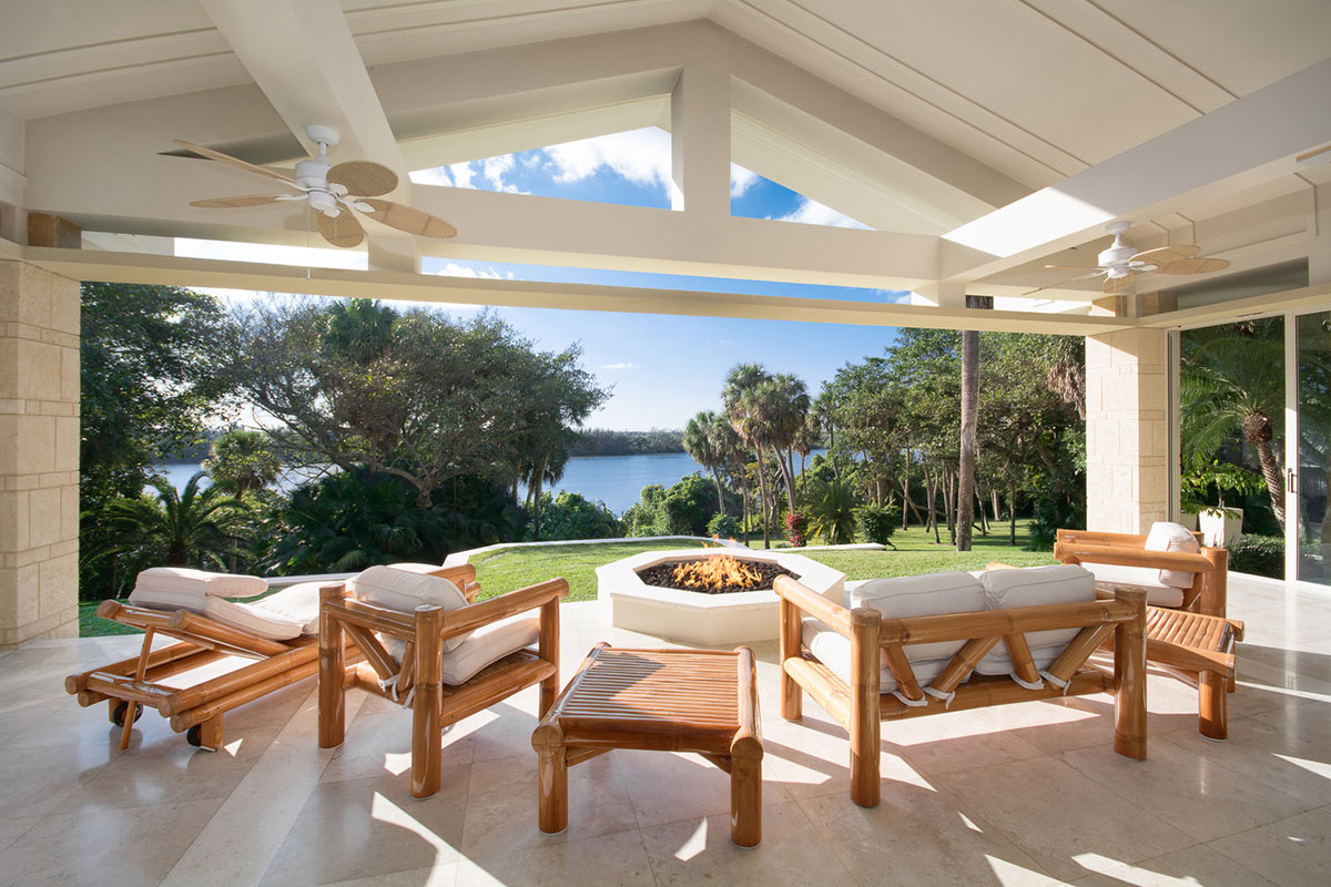John malone purchased florida 39 s jupiter island home for - Salon de jardin de la maison ...