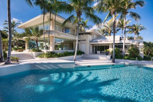 Florida's-Jupiter-Island-Home-6