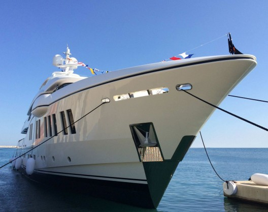 Luxury-yacht-Ruya-1