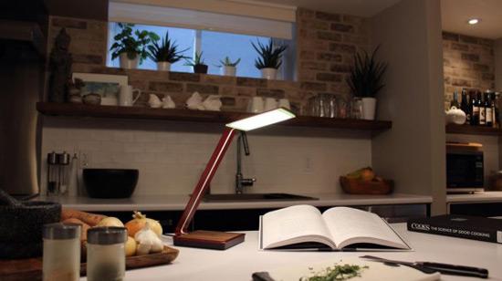 Aerelight OLED A1 Desktop Lamp Lasts 18 Years