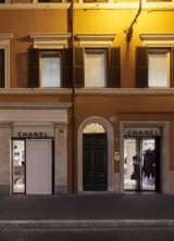 New Chanel Pop Up Boutique In Rome