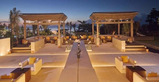 Tropical Paradise Awaits You – Fairmont Sanur Beach Bali