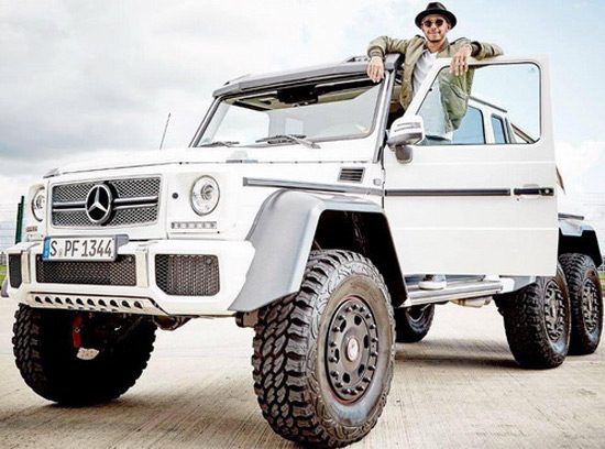 Lewis Hamilton And Mercedes G63 AMG 6x6