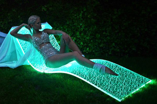 LumiLuxe LED Lounge Chair by BeMoss