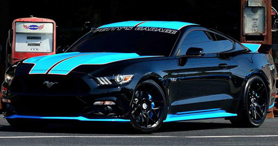 Richard Petty's Garage Ford Mustang GT