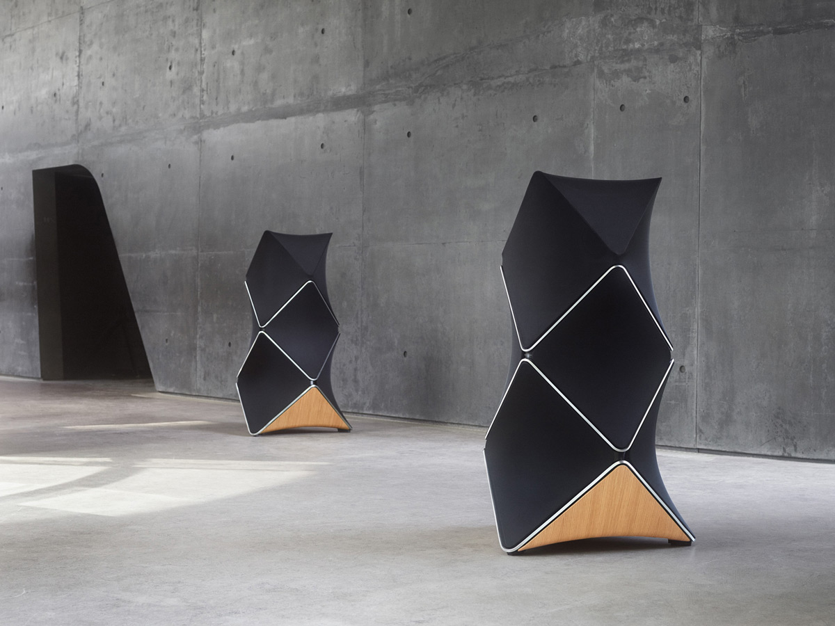 beolab 90 bang olufsen 39 s proudest loudspeaker to date. Black Bedroom Furniture Sets. Home Design Ideas