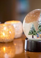 Diamond Christmas Snow Globe Is A Perfect Gift