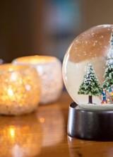 Diamond Christmas Snow Globe Is A Perfect Gift
