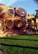 Palais Bulles – Pierre Cardin's Bubble Mansion Sold For £300 Million