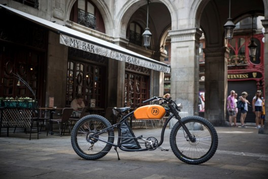 RaceR - Otocycles' New E-bike Inspired By Legendary Cafe Racer