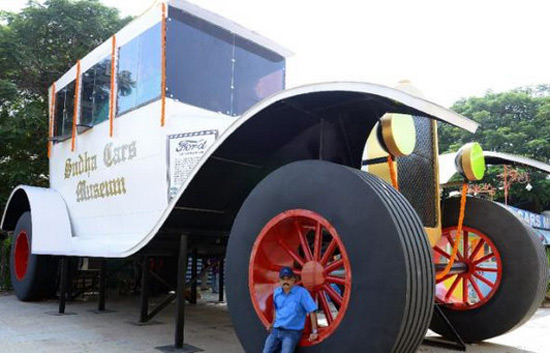 Tallest Car In The World The Image Kid