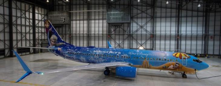 """Let It Go With WestJet's """"Frozen"""" Themed Plane"""