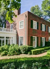 Completely Renovated  Williamsburg Colonial Home in Bronxville, Westchester Just Listed On Sale