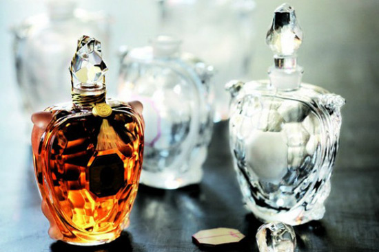 €9,500 Guerlain Limited Edition Flacon Tortue