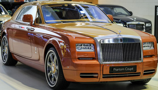 Rolls-Royce Phantom Coupe Tiger And Ghost Golf