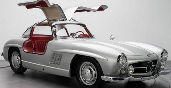 1954 Mercedes-Benz 300SL Gullwing Sold for $1.9 Million