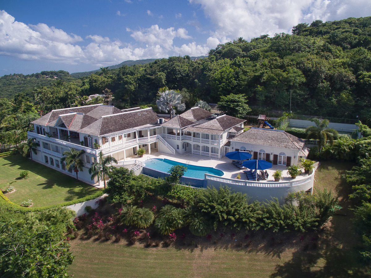 L'Dor V'Dor - Lavish Caribbean Estate in Montego Bay, Jamaica To Sell Without Reserve