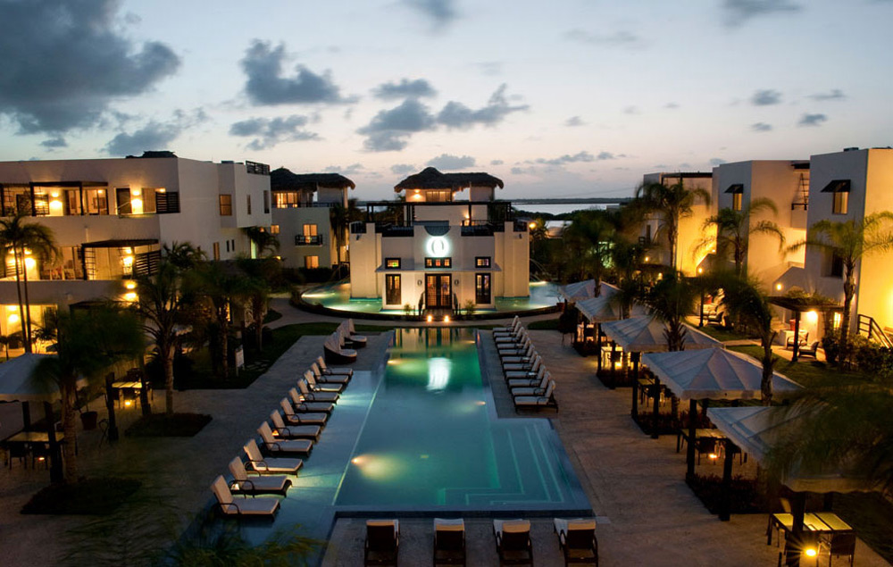 Las Terrazas Resort On Beautiful Island of Ambergris Caye, Belize
