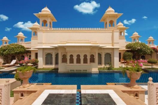 Royal Kohinoor Suites