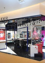 World's First Estee Lauder #Beautyplayground Debuted in Malaysia