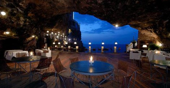 Hidden In A Cave! – This Is The Most Romantic Restaurant In The World!