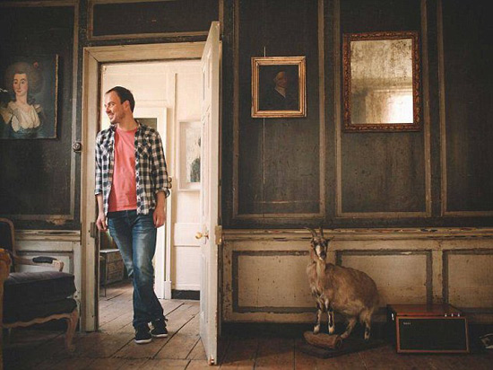 Millionaire Renting Rooms In His Villa