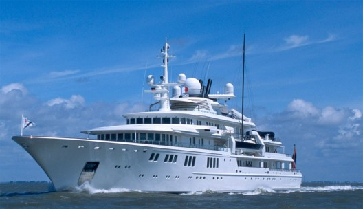 Paul Allen's Yacht Destroys Protected Coral Reef