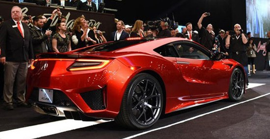 First 2017 Acura NSX Sold for $1.2 Million
