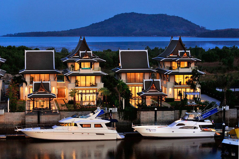 Park Your Yacht In Front of Your Dream Home