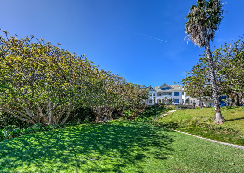 Chris Hemsworth's Malibu Mansion On Sale For $6.5 Million