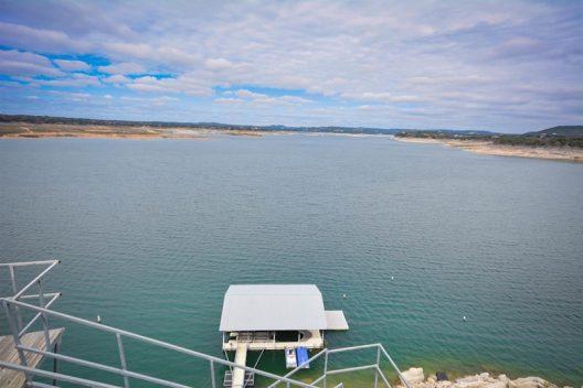 "Lake Travis' ""Acqua Villa"" On Sale For $5 Million"