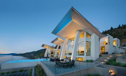 Chic Modern on Lake Okanagan Can Be Yours For $10.5 Million
