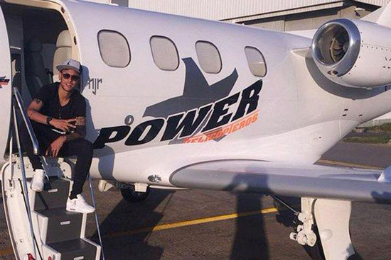 Neymar Purchased $9 Million Jet