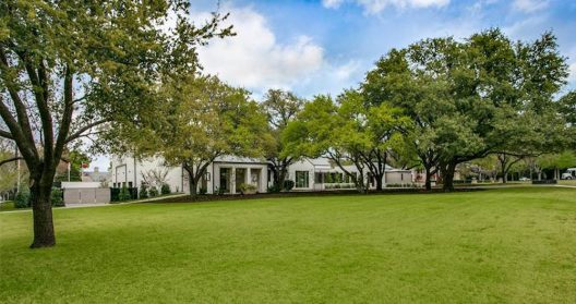 Texas Contemporary Residence First Time On The Market