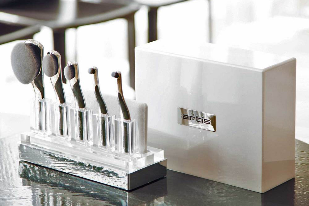Artis' Digit Skincare 5 Brush Set In Coffret