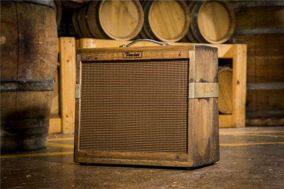 Fender 80 Proof Blues Junior Limited Edition Amplifier