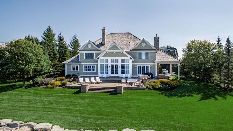 Lake michigan s magazine worthy waterfront home to be for Dream homes in michigan