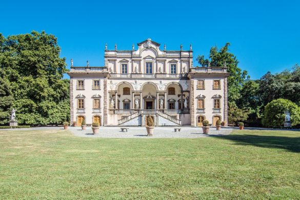 Luxury 17th Century Mansion In Lucca On Sale For €19 Million