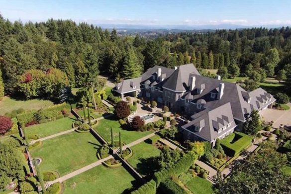 Palatial Manor In Salem, Oregon Can Be Yours For $3.5 Million