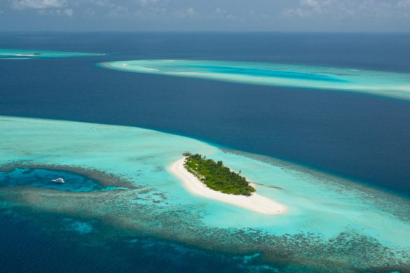 First Four Seasons Private Island - Voavah Maldives