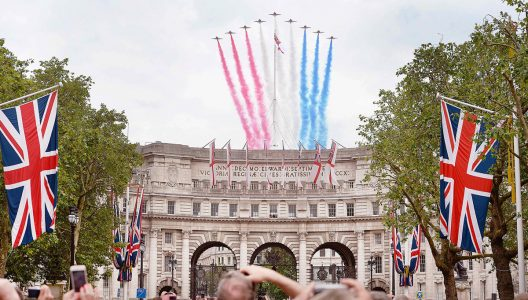 London's Grade I–Listed Historic Admiralty Arch To Be Transformed Into Hotel
